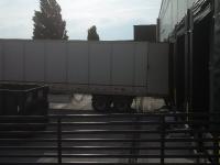 2013-05-28-1st-truck-unloading-shelves